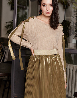 Knitted top gold with Lurex, code 2289
